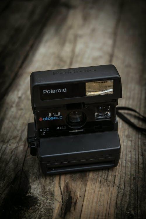 Gratis arkivbilde med fotokamera, polaroid, retro, vintage kamera