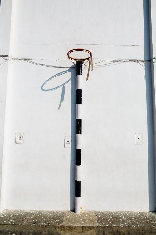 Безкоштовне стокове фото на тему «Баскетбольне кільце, бетон, Будівля, високий»