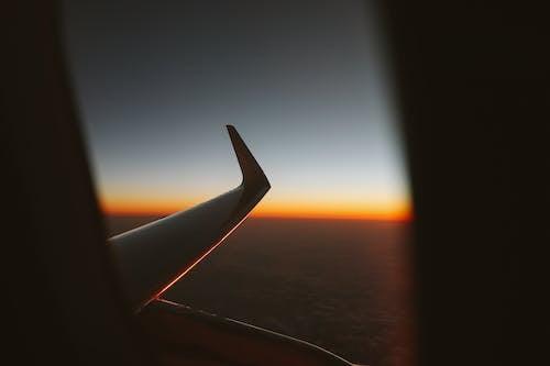 Ingyenes stockfotó ablak, aranyóra, első óra, naplemente témában