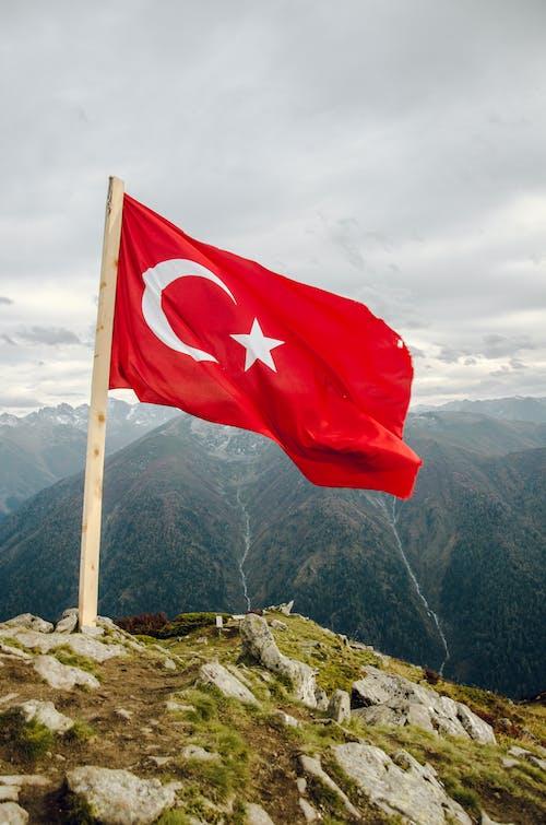 トルコの旗, 屋外, 山岳, 山脈の無料の写真素材