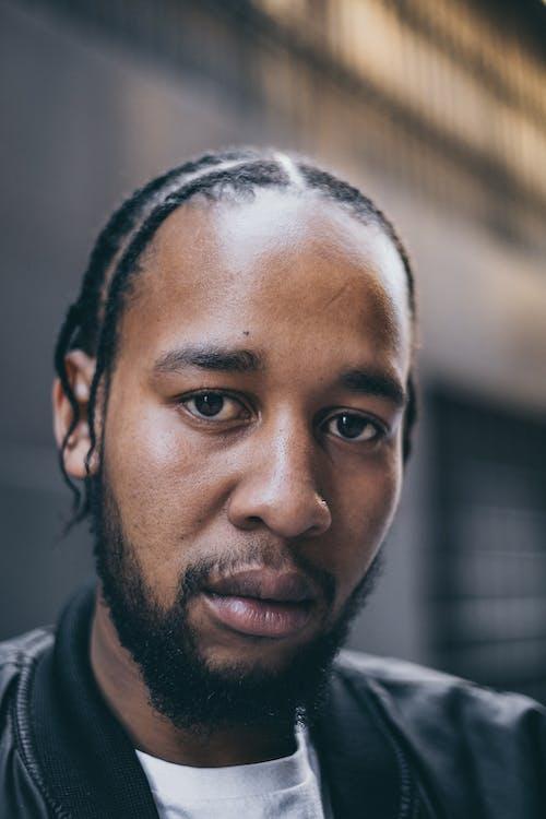 Fotobanka sbezplatnými fotkami na tému Afroameričan, černoch, chlap, človek