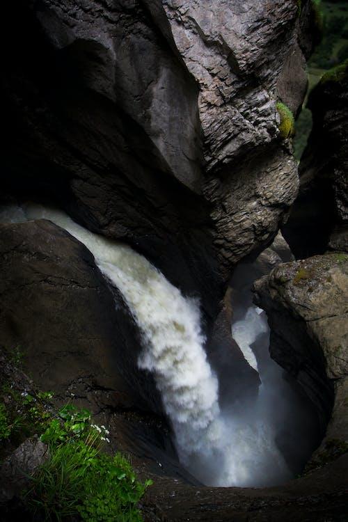 Ingyenes stockfotó barlang, folyó, szakadék, vízesés témában