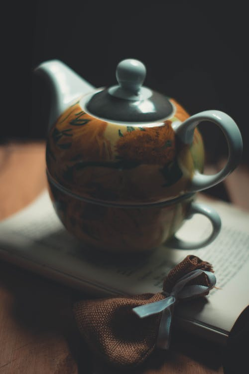 Brown and Gray Teapot
