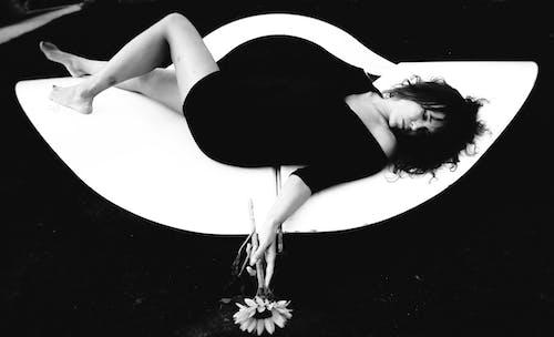 Foto d'estoc gratuïta de blanc i negre, dones maques, Fons de pantalla 4k, fons de pantalla guapos