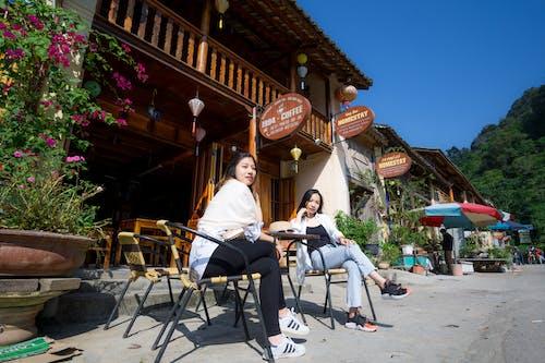 アジアの女の子, 人々, 伝統的な家, 山の無料の写真素材