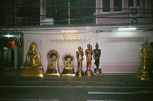 人行道, 佛, 卷帘, 商品 的 免费素材照片