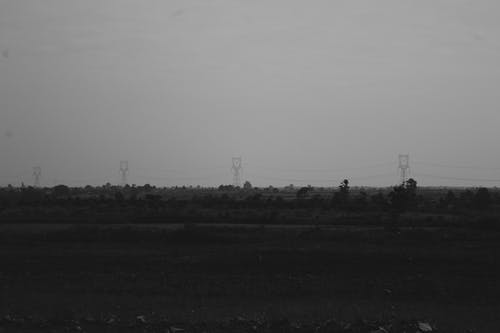 hücre kulesi, manzara, siyah ve beyaz içeren Ücretsiz stok fotoğraf