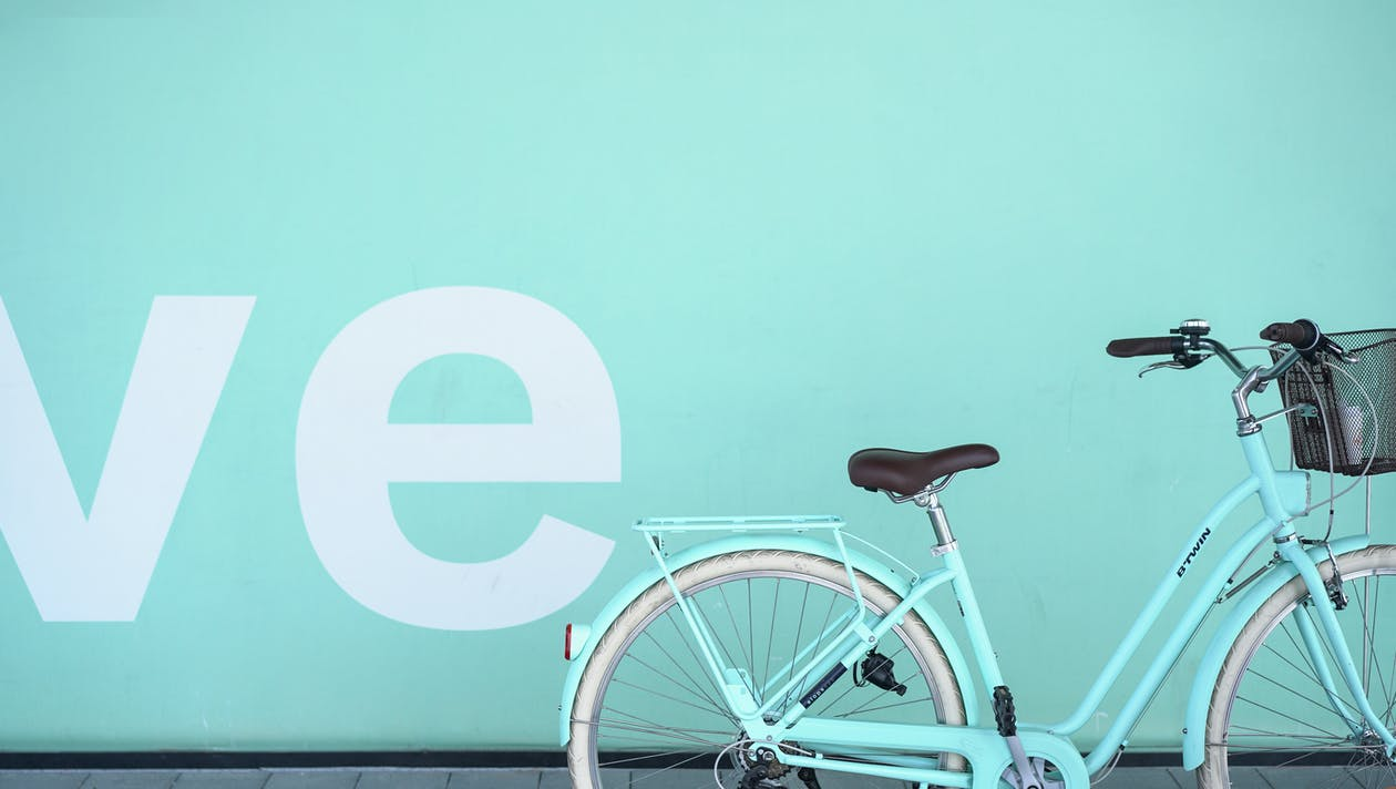 Teal Commuter Bike