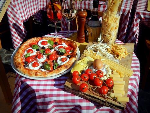 Immagine gratuita di Cibo italiano, culinario, pizza, pizzeria