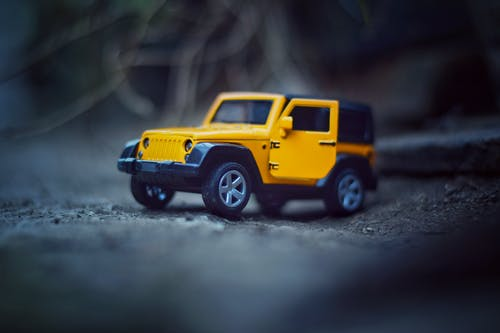 Gratis lagerfoto af årgang, bil, gul, trykstøbt