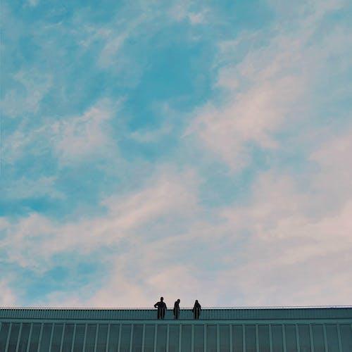 คลังภาพถ่ายฟรี ของ ชั้นดาดฟ้า, ซิลูเอตต์, ท้องฟ้า, ผู้คน