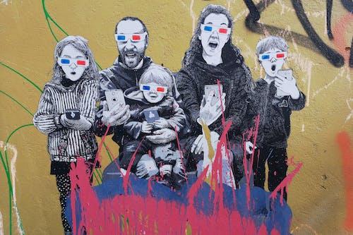 Fotos de stock gratuitas de arte callejero, bruselas, celulares, familia