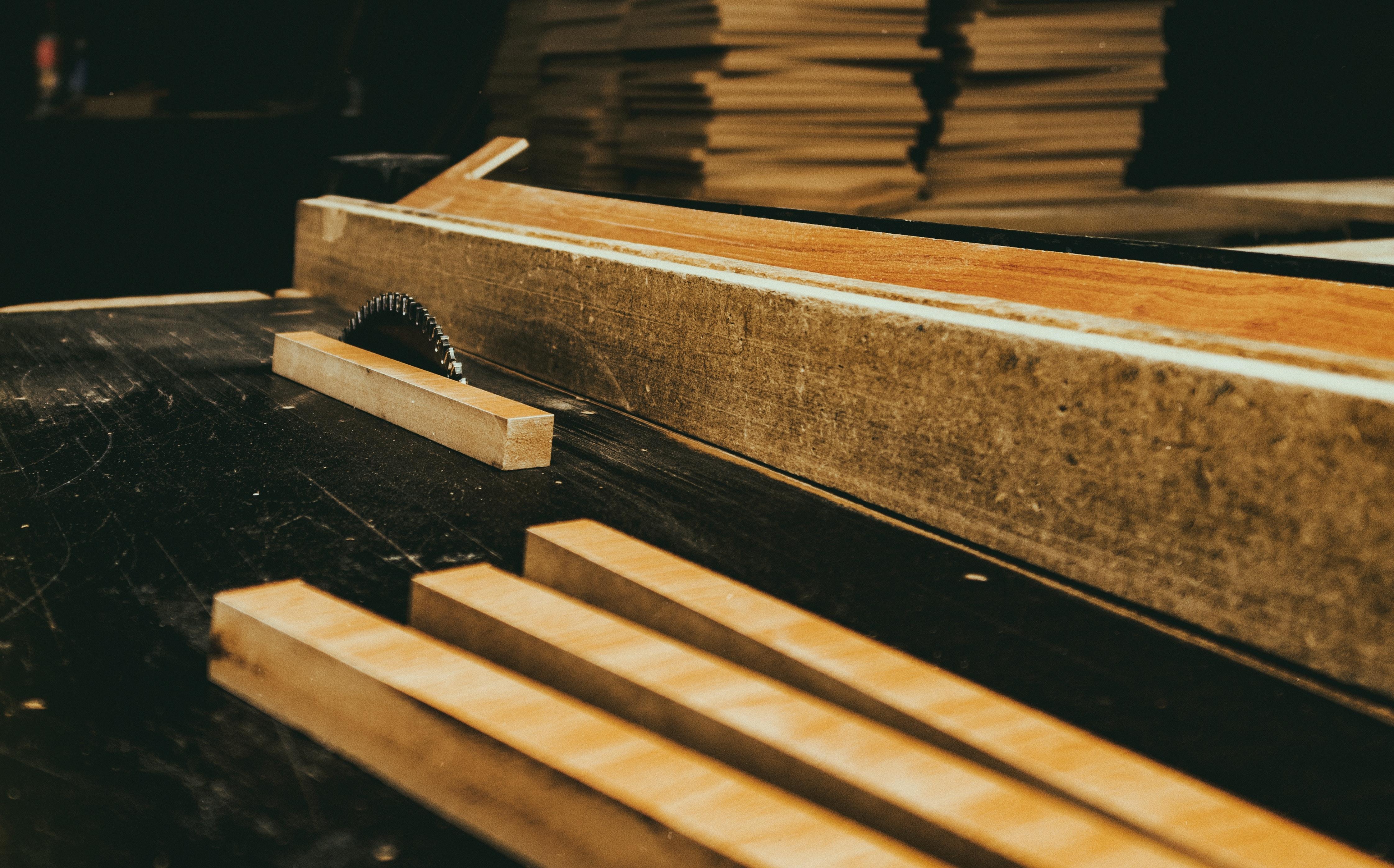 Kostenloses Foto Zum Thema: Holz, Schneiden Von Holz