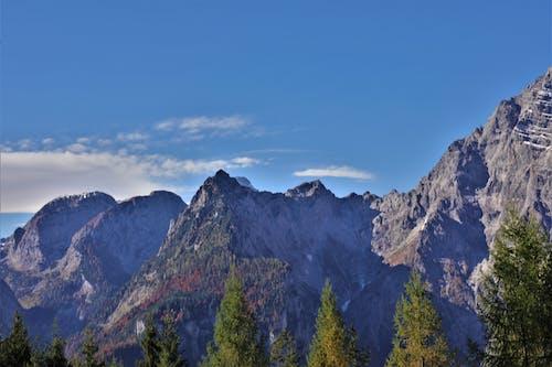 Foto profissional grátis de montanhas