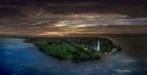 Free stock photo of wind point lighthouse