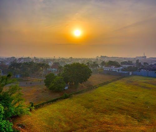 Fotobanka sbezplatnými fotkami na tému farma, hmla, Indonézia, letecké snímkovanie