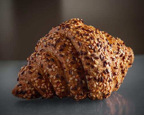 ekmek, fırında pişmiş, fırınlanmış, Hamur içeren Ücretsiz stok fotoğraf