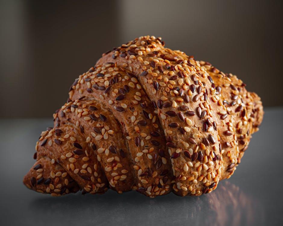 芝麻麵包牛角麵包