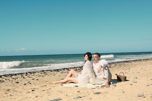 Kostenloses Stock Foto zu bindung, ehefrau, entspannung, erwachsener