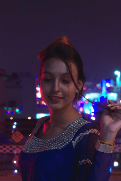 女孩, 女性, 屠妖節快樂, 弱光 的 免費圖庫相片