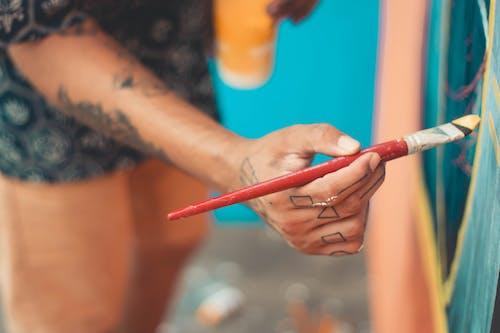 Kostnadsfri bild av artsy, fingrar, fritid, grunda fokus