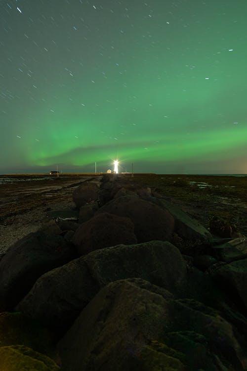Gratis stockfoto met astronomie, avond, berg, boom