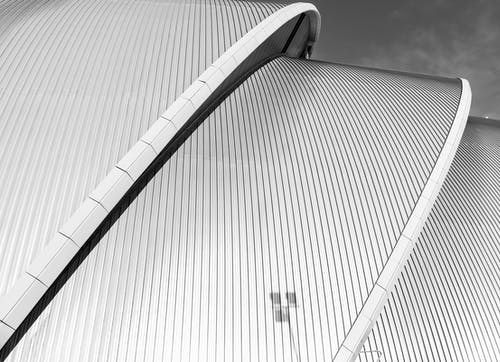 Imagine de stoc gratuită din acoperiș, alb-negru, arhitectură, exterior de clădire