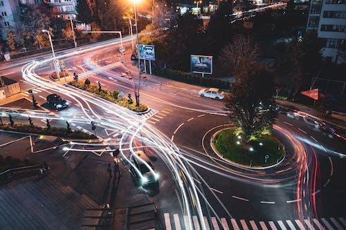 Photos gratuites de accéléré, action, arbres, autoroute