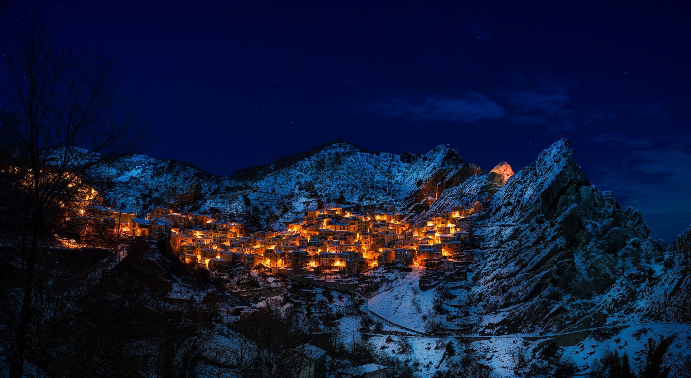 zu abend, berg, dorf, einfrieren