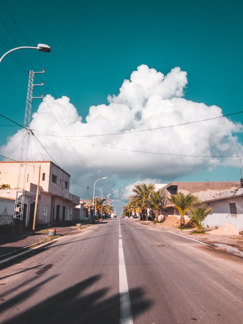 Fotobanka sbezplatnými fotkami na tému asfalt, cesta, cesty, ďaleko