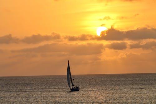 Foto d'estoc gratuïta de bonic capvespre, capvespre, Carib, mar carib