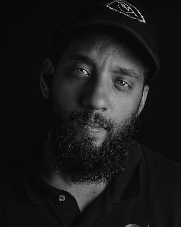 atractiu, barba, blanc i negre