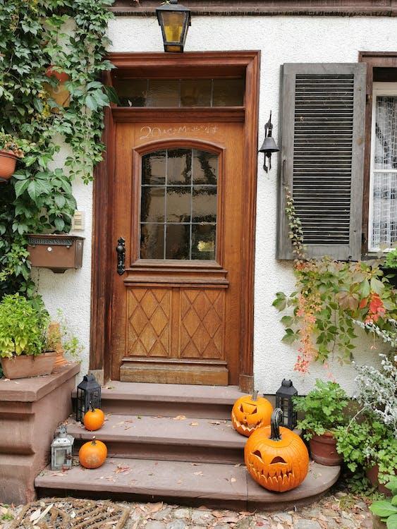 Jack O Lantern on Doorway