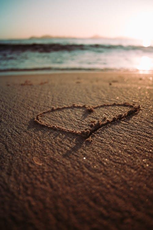 Ilmainen kuvapankkikuva tunnisteilla hiekka, hiekkaranta, karhea, karkea