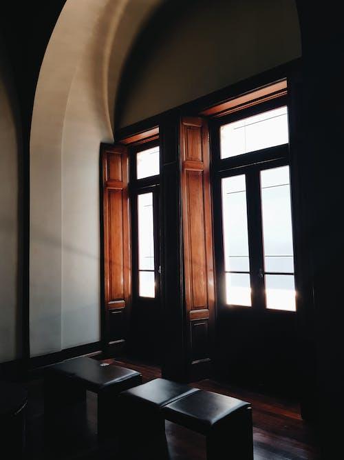 Безкоштовне стокове фото на тему «архітектура, внутрішній, всередині»