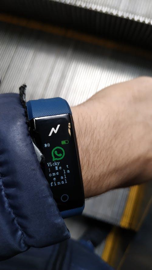 Darmowe zdjęcie z galerii z elektronika, obserwować, smartwatch