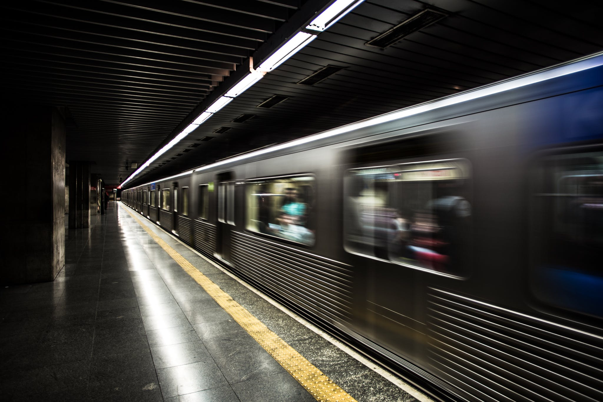 Gratis lagerfoto af bevægelse, jernbane, lang eksponering, lokomotiv