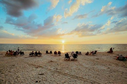 คลังภาพถ่ายฟรี ของ การผ่อนคลาย, การพักผ่อนหย่อนใจ, ขอบฟ้า, ชายทะเล