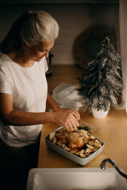 Femme, Cuisine, Poulet