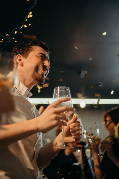 adam, bar, Festival, gece kulübü içeren Ücretsiz stok fotoğraf