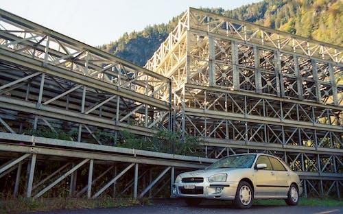 Foto d'estoc gratuïta de bastides, cotxe antic, cotxe vell, estructura