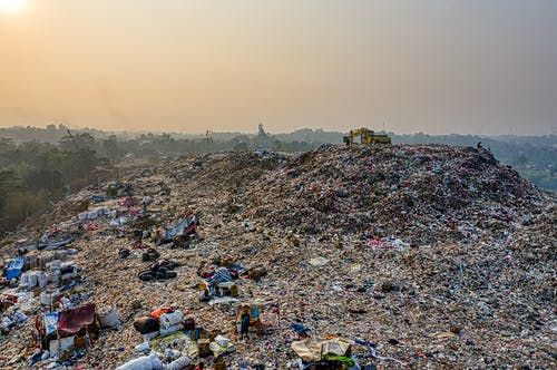 Immagine gratuita di cianfrusaglie, cumulo di rifiuti, disordinato, drone