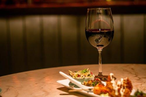 Gratis lagerfoto af mad, part, rødvin, vin