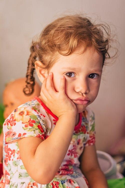 Безкоштовне стокове фото на тему «дитина, Дівчина, малий, милий»