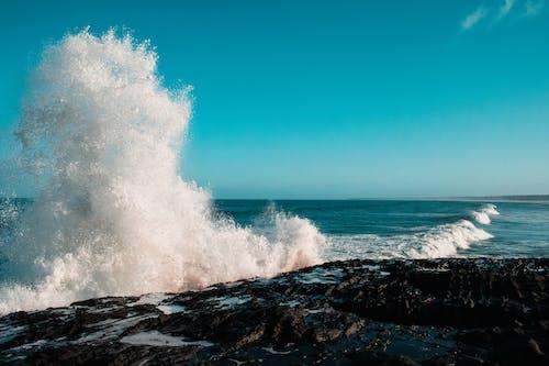 Ingyenes stockfotó hullámtörés, óceánhullámok, strand hullámok témában