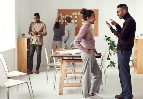 倚, 傾聽, 僱員, 合作夥伴 的 免費圖庫相片