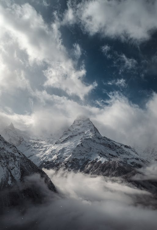 White Mountain and White Clouds