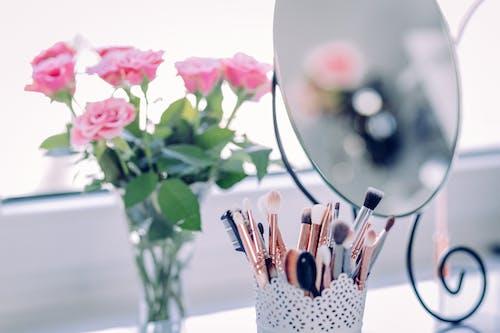 Gratis lagerfoto af blomster, blomsterarrangement, børster, bryllup