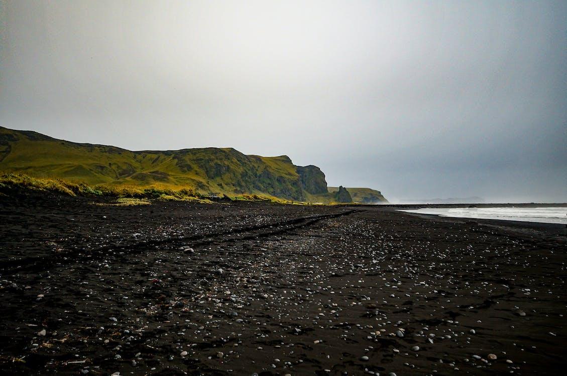 černá písečná pláž, cestování, hora