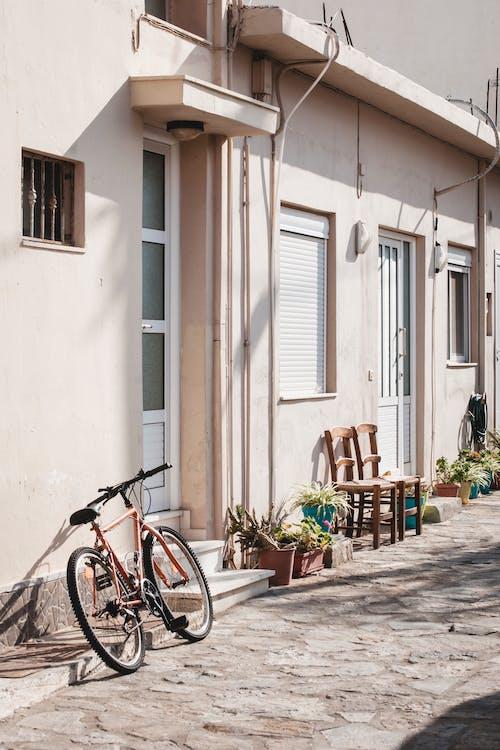 Gratis lagerfoto af arkitektur, cykel, dagslys, dagtimer